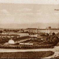 Deo prve ratne Frotingamove bolnice Srbiji poznate kao Polumesec smešten u inžinjerijskoj kasarni u Skoplju 1914.